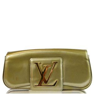 LOUIS VUITTON Sobe Pochette Vernis Leather Clutch